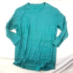 Under Armour green long sleeve athletic light weight shirt size xl